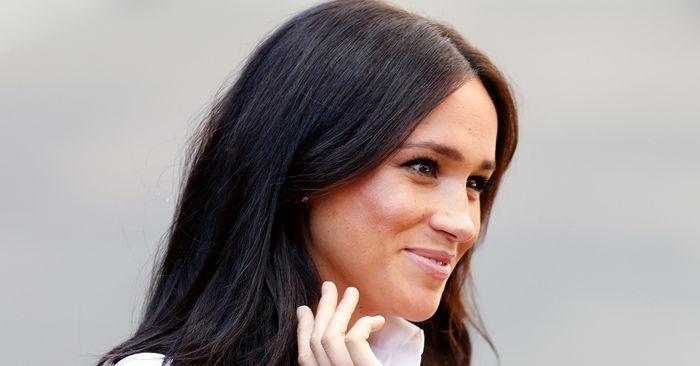 Meghan Markle Wore Shorts and Sneakers With a Face Mask